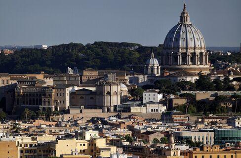 Germans Splurge on Italian Homes Locals Can't Afford