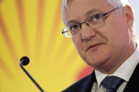 Royal Dutch Shell Plc Chief Executive Officer Peter Voser