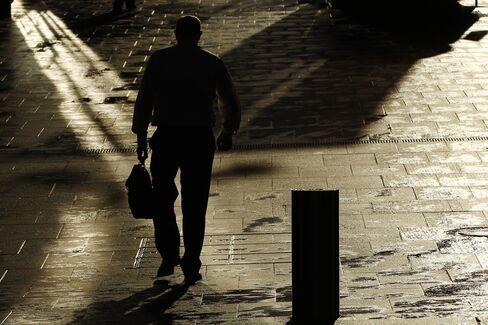 Australia 10% Unemployment for 9.6% Dents Gillard Prosperity