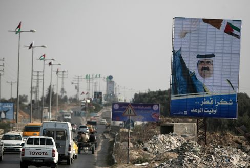 Emir Turns Qatari Riches Into Power Behind Middle East Uprisings