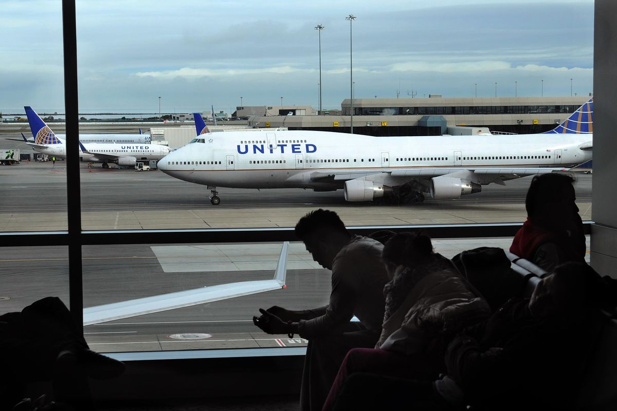 United Ponders an Earlier Retirement for Out-of-Favor 747s