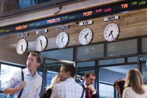 Warsaw Exchange Said to Hold Merger Talks With Vienna Bourse