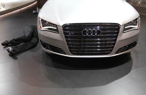 Audi Peddles U.S. Luxury Coupe to Catch BMW