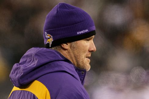 Favre Fined for Lack of Cooperation in Message Probe