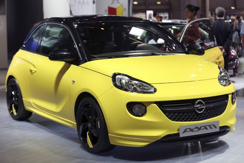 GM Wants to Take on Fiat 500 With 'More Masculine' Opel Adam