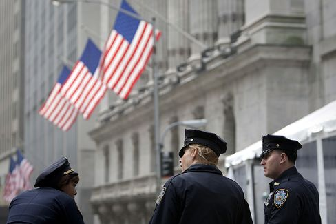 NYC Sued Over Pensions for Police in Military Call-Ups