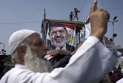 Egypt Orders Islamist Arrests as Brotherhood Shuns Power Sharing