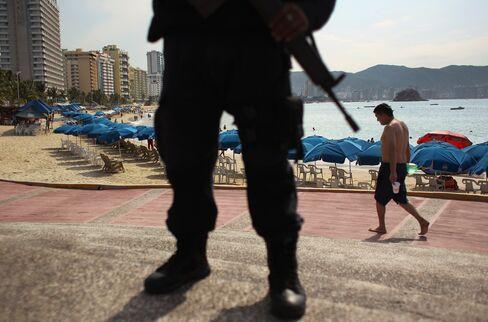 Acapulco Drug Gangs Curb Oceanfront Condo Sales
