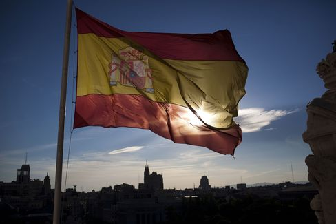 Spain Beats Bills Sale Target as Markets Await New 10-Year Bond