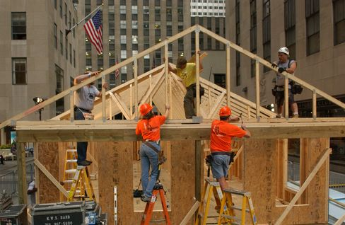 Housing Starts in U.S. Rose 7.2% in March to 549,000 Pace