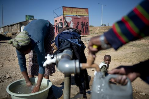 South Africa Looks at Bonds to Fund $71 Billion Water Plan