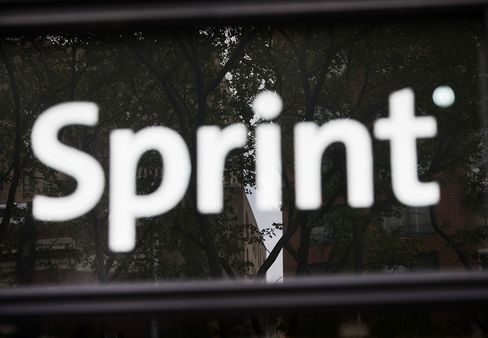 Sprint Buys McCaw's Stake in Clearwire Before Softbank Sale