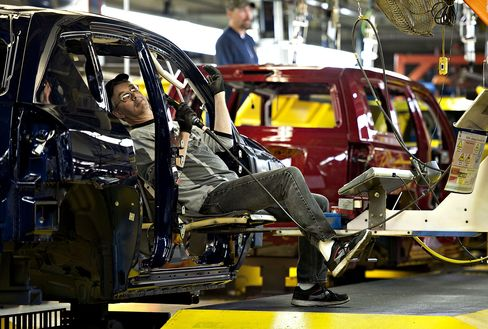 Michigan Right-to-Work Law Viewed as Domino Redefining Rust Belt