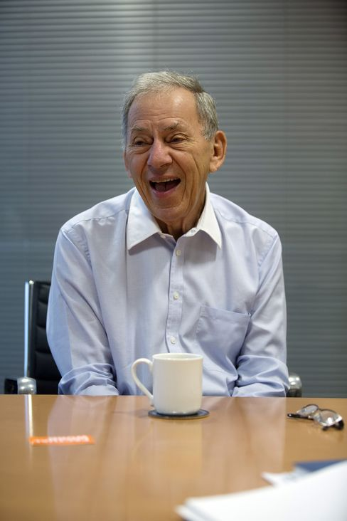 """South African billionaire Nathan Kirsh said in an interview at his office in North London in early October, """"We are private, we are profitable and we have fun."""" Photographer: Simon Dawson/Bloomberg"""