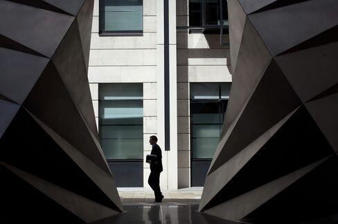 Salary Surge Seen in Europe's Plan to Restrain Banker Bonuses