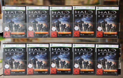 Microsoft Pins its Hopes on `Halo: Reach,' on Sale Today