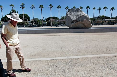Artist Michael Heizer