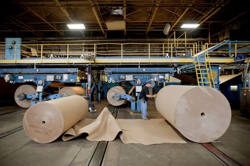 Industry Suppliers-Box Makers May Show U.S. Growth Slow Not Over