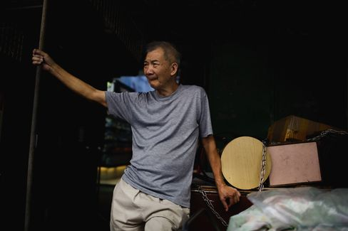 Hong Kong May Increase Spending on Poor Amid Income Gap