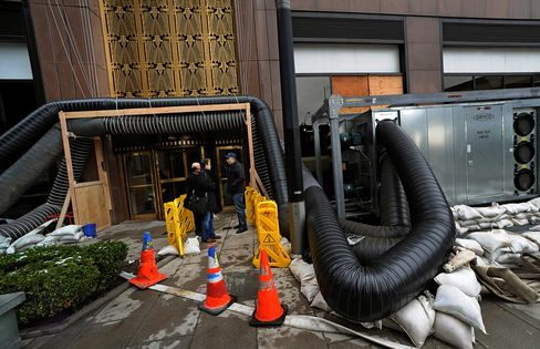 Lower Manhattan Buildings Sit Empty as Sandy's Aftermath Lingers