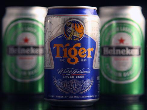 Asia Pacific Breweries Surges on Heineken Bid
