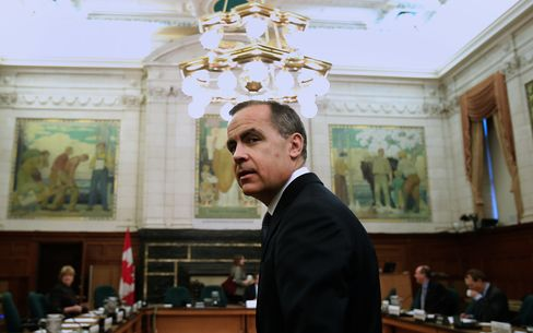 "Mark Carney, governor of the Bank of Canada, will take over from Mervyn King in July. He's prefaced his arrival from Canada by declaring that central banks aren't ""maxed out"" and should focus on delivering ""escape velocity"" for their economies. Photographer: Patrick Doyle/Bloomberg"