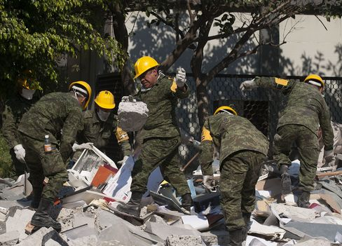 Mexico Still Seeking Answers Days After Deadly Pemex Blast