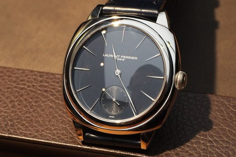 Описание: Curren бренд мужской деловой случай свободного покроя часы кварцевые кожа наручные часы 2015