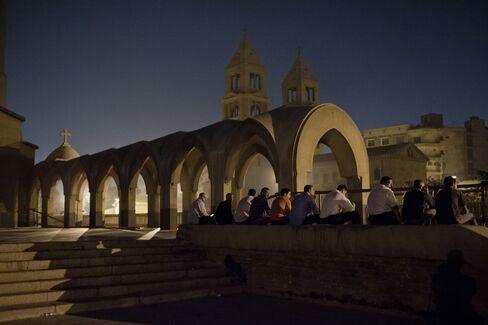 Egypt to Get $3 Billion More From Qatar Amid IMF Loan Bid