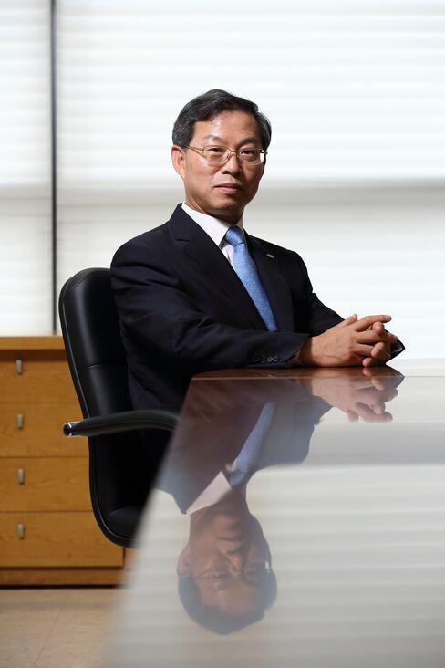 Halla Visteon Climate Control Corp. CEOPark Yong Hwan