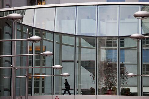 Swire Properties Falls on Shareholder Sale