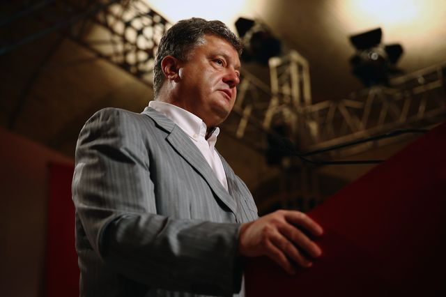 Petro Poroshenko, billionaire confectioner and crisis manager. Photographer: Dan Kitwood/Getty Images