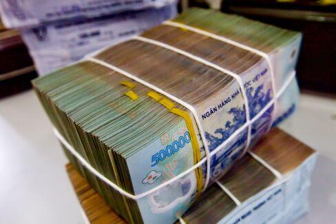 Vietnam Ramps Up Measures to Clean Up Bad Debt