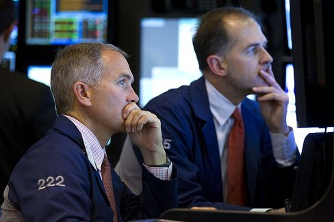 Stocks Tumble on U.S. Budget Concerns; Treasuries, Yen Advance