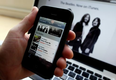 Apple Said to Prepare ITunes Changes to Improve Sharing