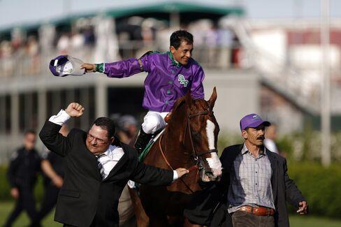 Jockey Victor Espinoza & California Chrome