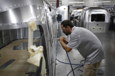 Payrolls in U.S. Rise Less Than Forecast