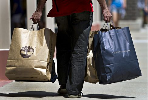 Retail Sales in U.S. Fall for Second Month, Signaling Slowdown