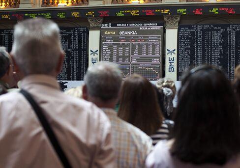European Stocks Drop as ECB Pauses Loans