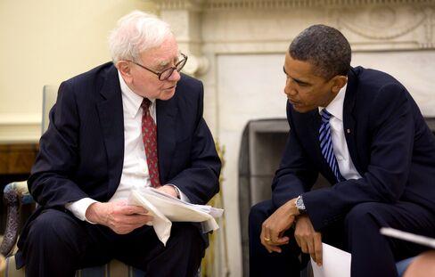 President Barack Obama Talks to Warren Buffett About Economy
