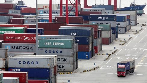 China Export-Data Skepticism Deepens From Goldman to Nomura