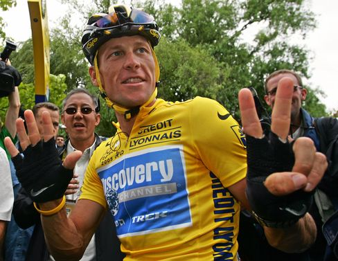 Armstrong Stripped of Tour de France Titles by Cycling's UCI
