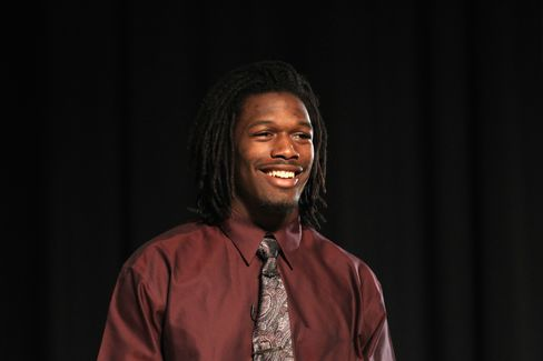 High School Recruit Clowney Chooses South Carolina