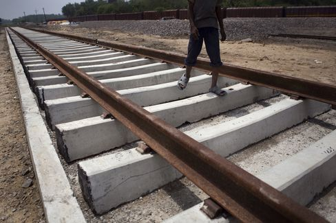Indian Rail Said to Plan Borrowing 151 Billion Rupees Next Year