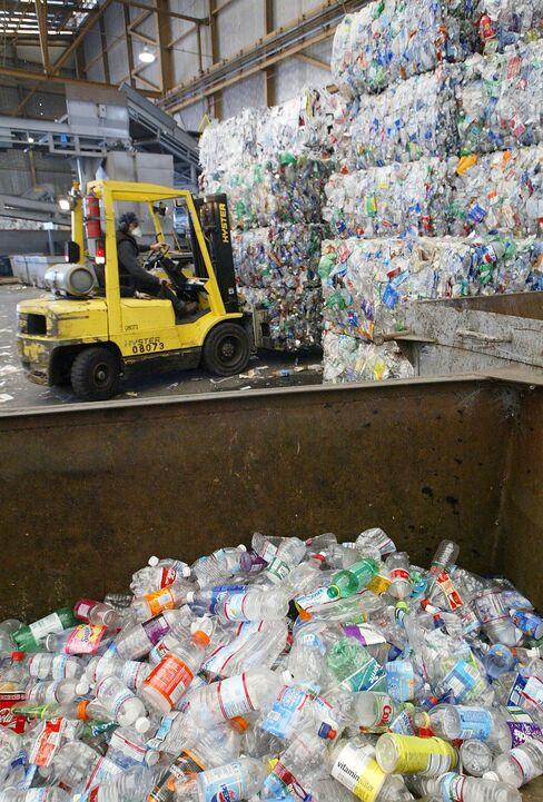 Ivy Colleges Spurn Plastic Water Bottles