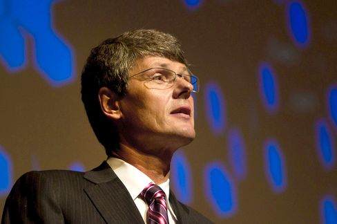 RIM's CEO Says BlackBerry 10 Will Soon Be Ready for Licensing