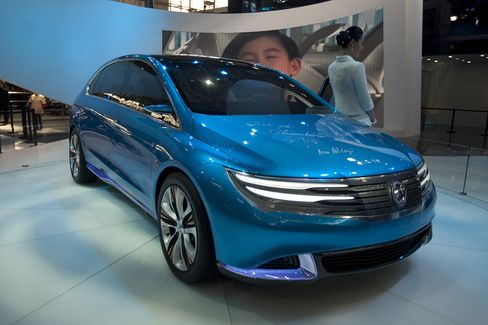 Beijing to Unveil Electric-Car Incentives Soon, Official Says