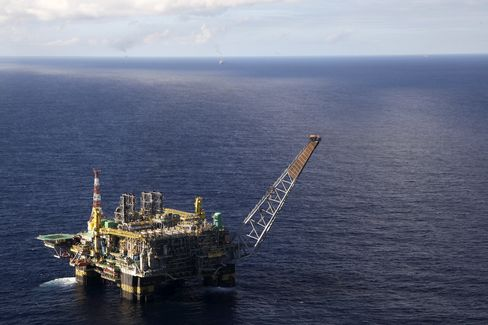 Petrobras's Oil Seen Abundant With Gigantic Helicopters