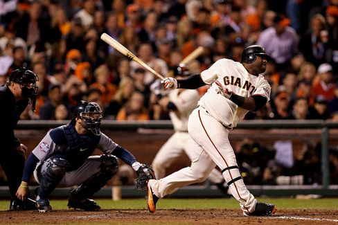 Giants Top Tigers in Baseball World Series on Sandoval Home Runs
