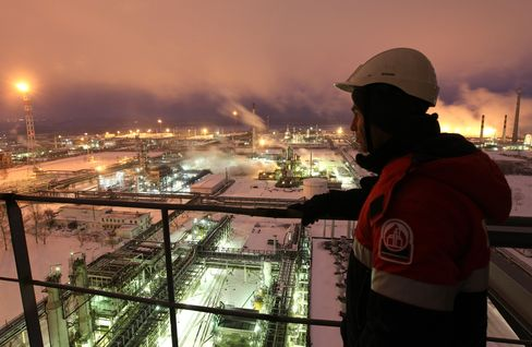 Lukoil Surging 29% to Analysts on Output Plans